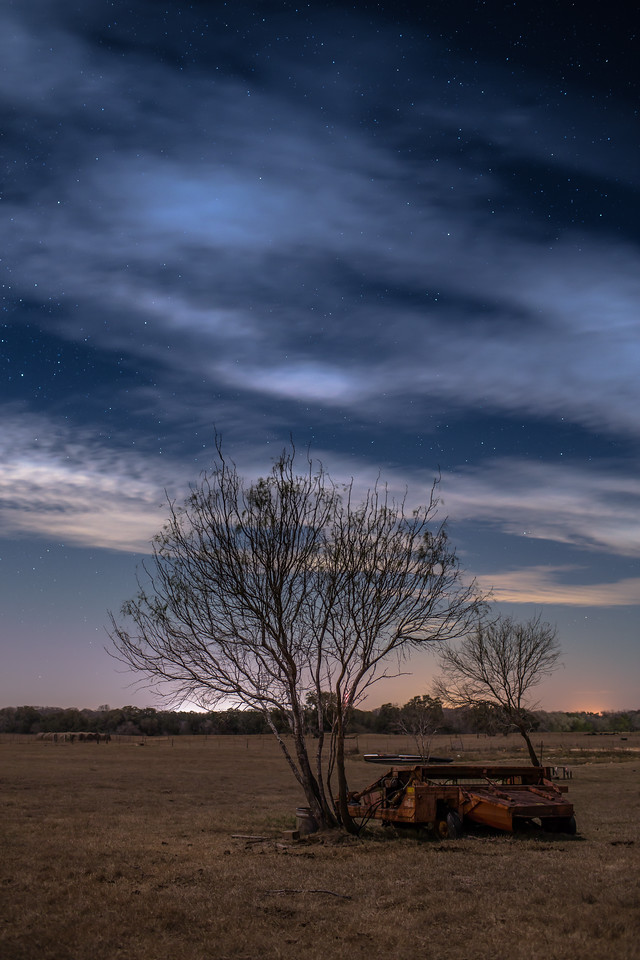 IMAGE: http://alfredomora.smugmug.com/Photography/Night-Photography/i-RxrHM57/0/X2/20120119-Stars%20over%20the%20ranch-001-proc-X2.jpg